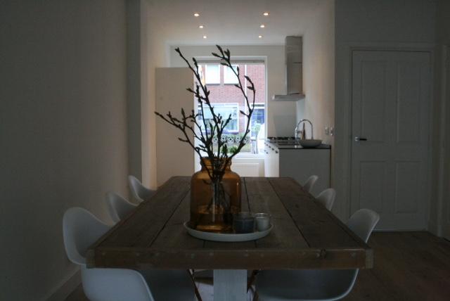 Het cre ren van sfeer in je woonkamer la m me chose - Deco idee witte woonkamer ...